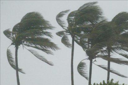 """La tormenta """"Colin"""" afectará a Bermuda con fuertes lluvias"""