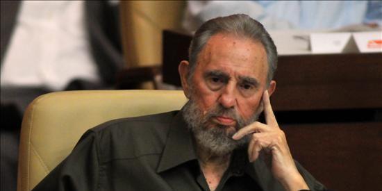 Fidel Castro vuelve al Parlamento para pedir a Obama que evite una guerra nuclear