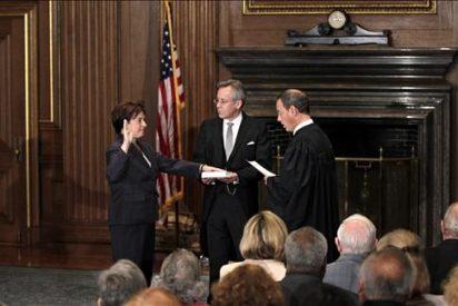 Kagan juramenta como la cuarta mujer juez en la historia del Tribunal Supremo de EE.UU.