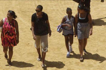 Los Reyes ofrecen hoy un almuerzo privado a Michelle Obama y su hija