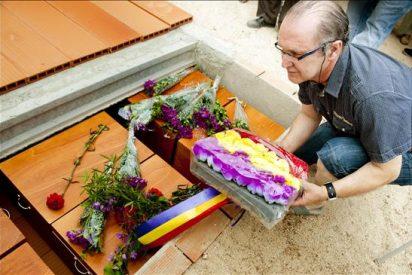 Entierran los restos de 28 fusilados en 1939 en Alcaudete de la Jara (Toledo)