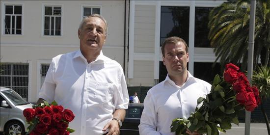 Moscú y Tiflis irreconciliables mientras los separatistas buscan su reconocimiento