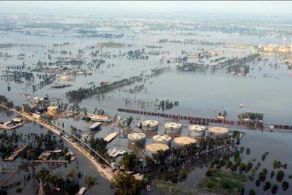 Ejército, ONG y Naciones Unidas ayudan a millones de afectados por las inundaciones en Pakistán