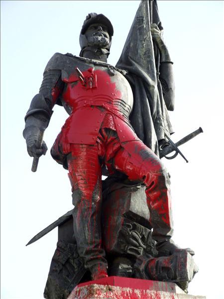 """La Asociación Histórica de Medellín opina que la acción contra la estatua de Cortés es """"antidemocrática"""""""