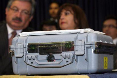 Fiscalía de Ecuador entrega a peritos discos duros de computadoras atribuidas a Raúl Reyes