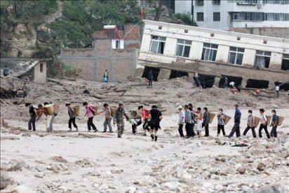Nuevas avalanchas causan 19 muertos y 20 desaparecidos en China