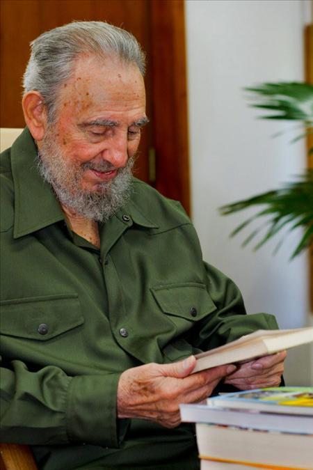 Fidel Castro recibe homenajes artísticos en su 84 cumpleaños