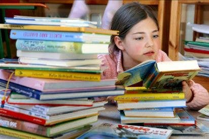 Recibir premio de literatura infantil es espectacular, dice la ecuatoriana Velasco