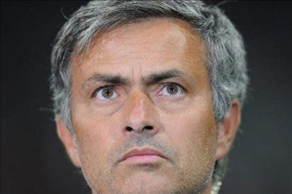 """Mourinho cree que el Real Madrid debe """"ser un equipo y canalizar la motivación para ganar la Liga"""""""