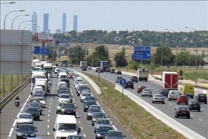 Tráfico fluido menos en Valencia y Barcelona, y grave accidente en Ourense