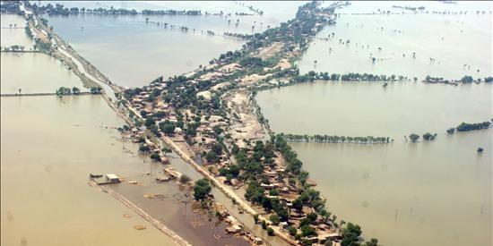 Pakistán conmemora su independencia luchando contra las inundaciones