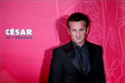 """Sean Penn, cincuenta años entre el """"enfant terrible"""" y el compromiso político"""