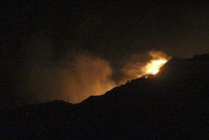 Sigue activo el incendio forestal de Boiro