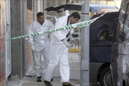 Muere un guardia civil y un compañero herido en un atraco en A Cañiza, Pontevedra