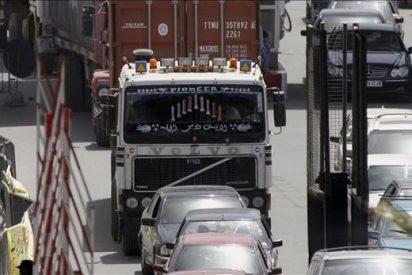 Comienzan a pasar primeros camiones de áridos por frontera de Melilla
