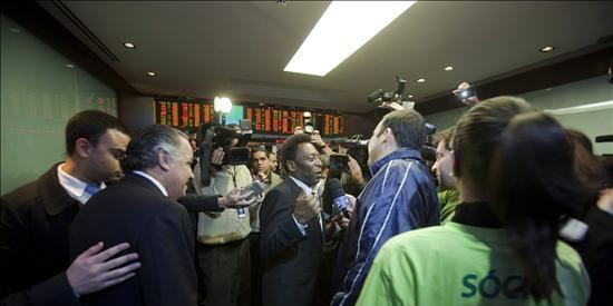 Pelé, reclamo de los inversores para la Bolsa de Sao Paulo