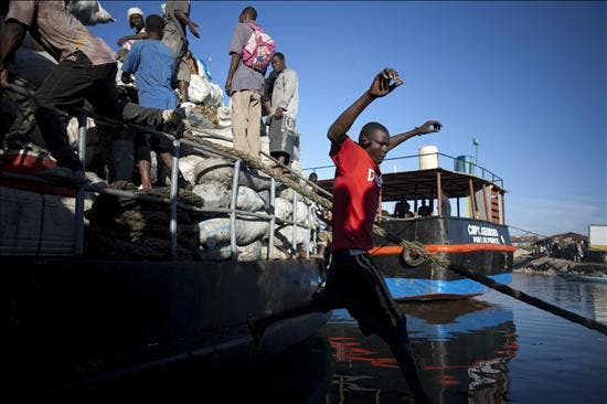 República Dominicana insta a acelerar el desembolso para reconstruir a Haití