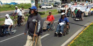Cientos de nicaragüenses con discapacidad marchan para demandar una pensión