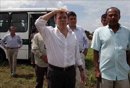 """Santos dice que un """"milagro particular"""" hizo que el siniestro aéreo no fuera peor"""
