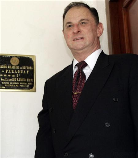 Los diputados de Paraguay aprueban un juicio político contra el ministro de Defensa