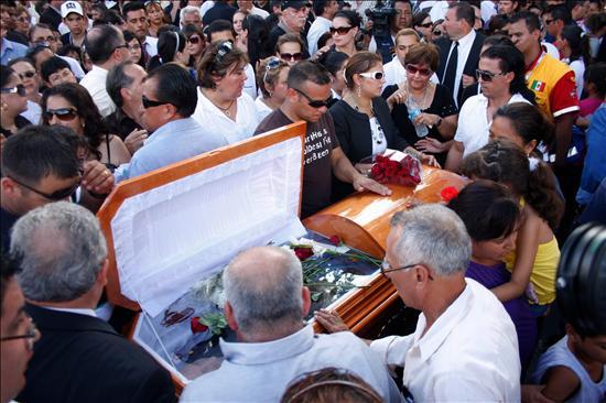 Detenidos cinco policías y un guardia de tráfico por el secuestro de un alcalde mexicano asesinado
