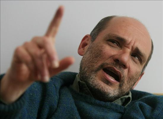 """Pedro Badrán llena las """"oscuridades"""" de la heroína colombiana en su nueva novela"""