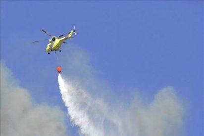 Unas 1.500 personas evacuadas a causa del incendio en la cala de Ibiza