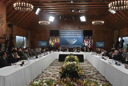 Las FARC piden asamblea de la Unasur para hablar de paz y el Gobierno de Santos se opone
