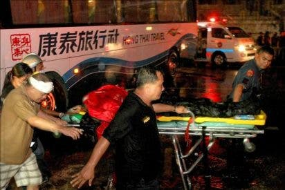Elevan a nueve el número de muertos en el secuestro de un autobús en Manila