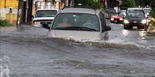 """""""Earl"""" se convierte en huracán, el tercero de la temporada"""