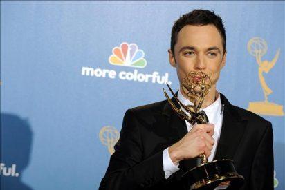 Jim Parsons y Edie Falco se proclaman los reyes de la comedia en los Emmy