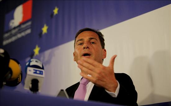 """El ministro de Inmigración francés afirma en Bruselas que la libre circulación no puede ser """"incondicional"""""""
