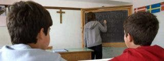 La Justicia española bendice el crucifijo