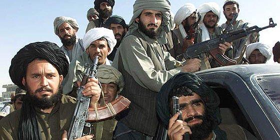 Un talibán infiltrado en la base española asesina a un capitán y un alférez de la Guardia Civil, tras matar a su intérprete