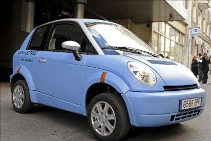 Y el número de coches eléctricos que se han vendido en España en 2010 ha sido... 16