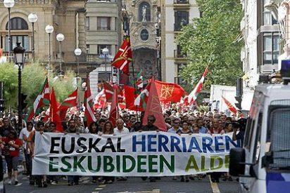 Gritos a favor de la independencia y a los etarras en la marcha de San Sebastián