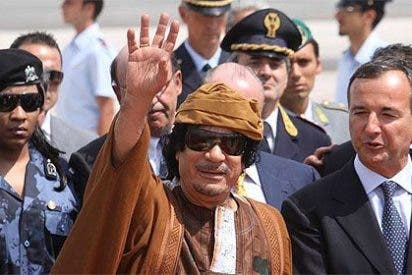 Gadafi ante 500 modelos: 'Islam religión de Europa