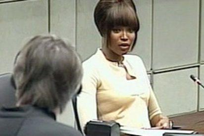 Naomi Campbell reconoce que recibió diamantes sin pulir y asumió que eran de Taylor