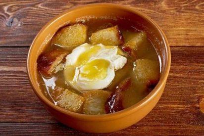 Cómo hacer sopa de ajo casera
