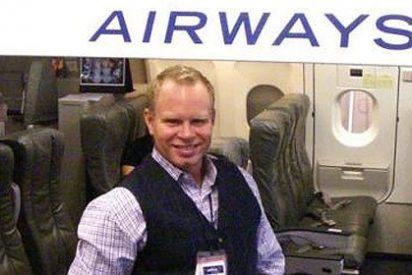 El azafato que echó a volar en el JFK quiere recuperar su empleo