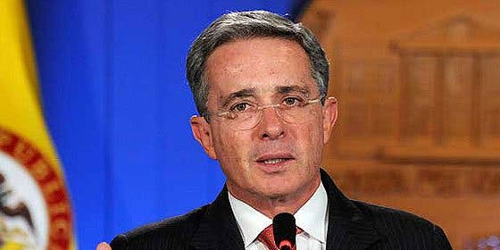 Uribe denuncia a Chávez ante la Corte Penal Internacional