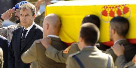 Tras recibir los féretros de los Guardias Civiles en Torrejón, Zapatero elude acudir al funeral en Logroño por temor a ser abucheado