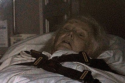 Zsa Zsa Gabor pide que un cura le dé la extremaunción