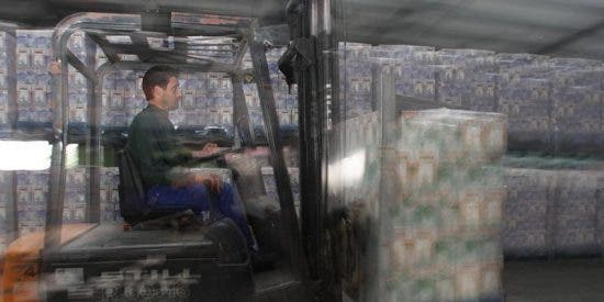 Lactalis mantendrá la recogida de leche en la tercera jornada de 'boicot' de los ganaderos