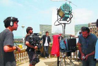 La serie documental de ETB-2 'Una Historia del Zinemaldia' repasa la trayectoria del festival de cine donostiarra