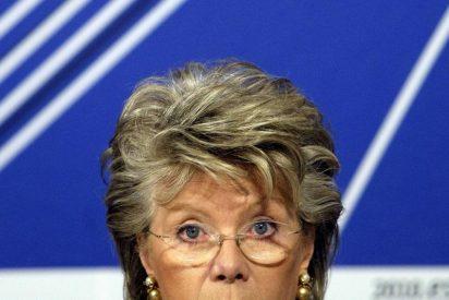 """Reding advierte de que seguirá hablando """"alto y claro"""""""