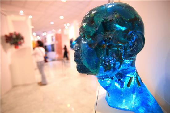 Más de 200 artistas plásticos participan en una feria de arte en Santo Domingo