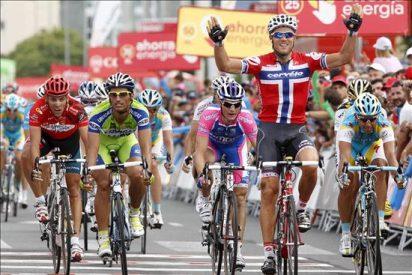 El noruego Hushovd se agiganta en Murcia, Gilbert se aferra al maillot rojo