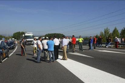 Medio centenar de mineros se encierran en pozo de Velilla, en Palencia