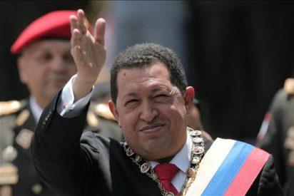 El Gorila Chávez arremete contra una periodista